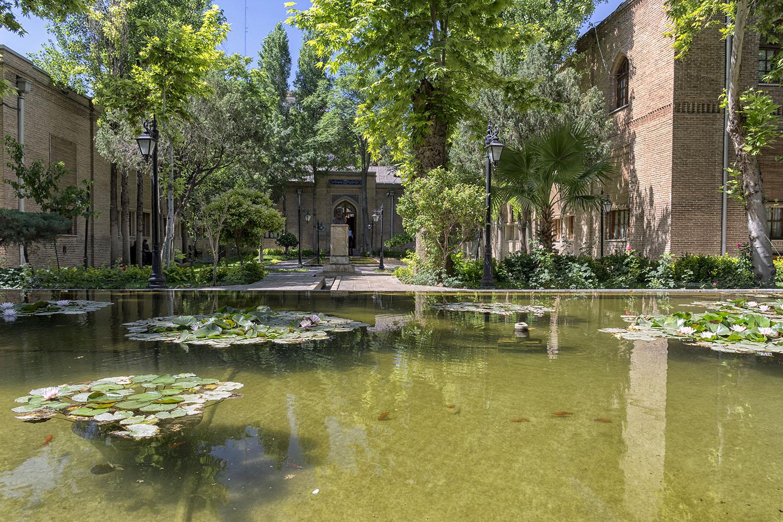 Kamal al-Molk museum.